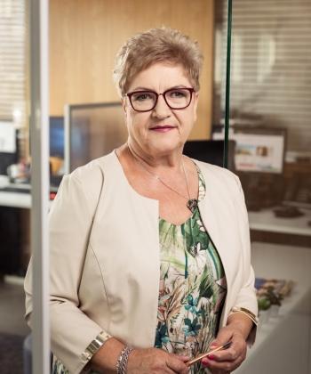 Renae Zabrocka-Bezuch - Senior Accountant