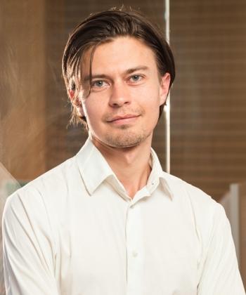 Dominic Dekarz - Travel Consultant